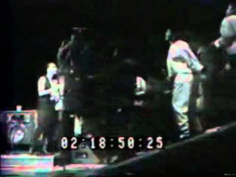 U2  (September 1987)  - Still Havent Found What Im Looking For...