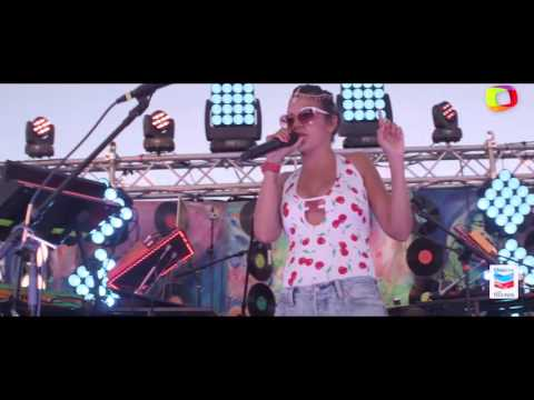 Bomba Estéreo:  Somos dos (Live)