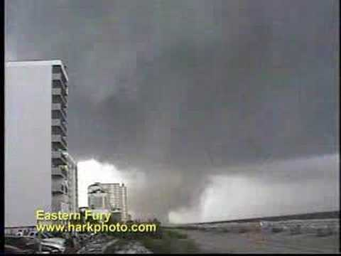 Tornado Video from Eastern United States