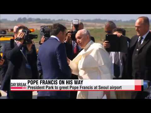 President Park Geun-hye to greet Pope Francis at Seoul airport