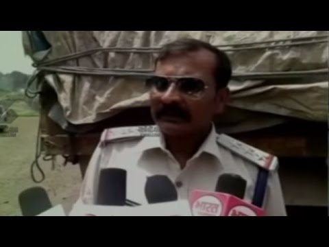 Sandesh News: TRUCK WITH 24 TONNES OF EXPLOSIVES CAUGHT AT INDORE-AHMEDABAD ROUTE