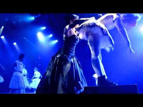 Mozart, de l'opéra au rock par Les Ballets du Val d'Oise sur TV28 (1e partie, version intégrale).