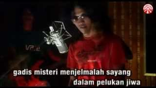 Thomas Arya - Gadis Misteri [Official Music Video]
