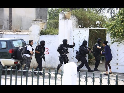 Tunisian soldier opens fire on troops at Tunis base
