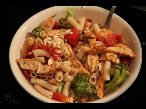 High-Protein Bodybuilding Chicken & Tomato Pasta