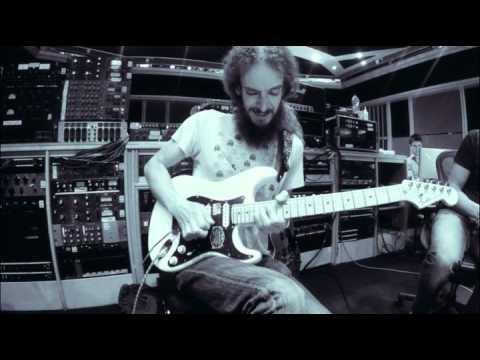 Guthrie Govan - R#9 - Guitar Solo video