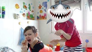 Baby Shark | Sing and Dance! | Animal Song | Nursery Rhymes & Kids Songs