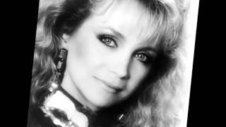 Watch Barbara Mandrell Holdin On to The Love I Got video