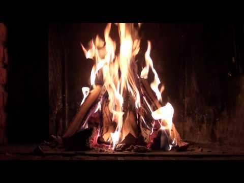Christmas Fireplace (Full HD 1080p with perfect crackling sound for insomnia and stress)