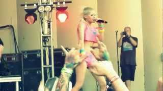 Lollapalooza Die Antwoord Baby 39 S On Fire Live Hd