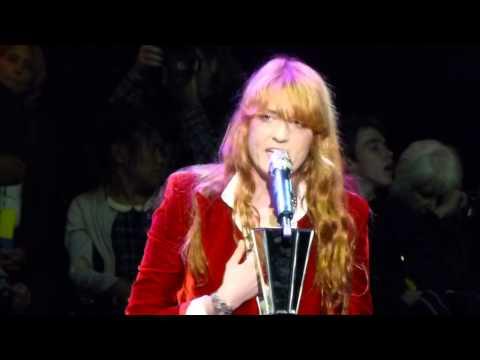 Florence and the Machine NO LIGHT NO LIGHT Live Acoustic Bridge School Shoreline Mountain View 10-25