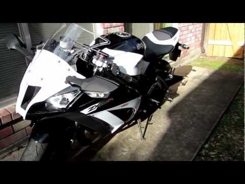2013 Kawasaki ZX10R Review/Walk around