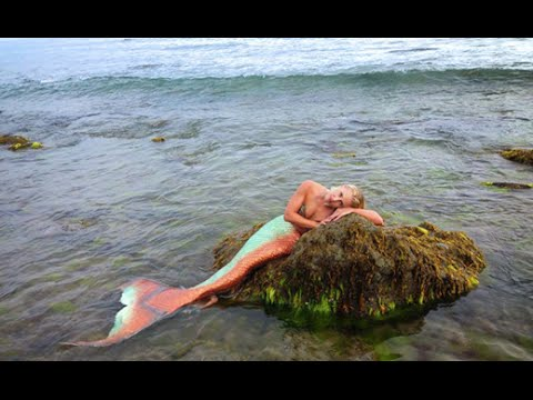 The Story of Mermaid Melissa: Slideshow Of A Real-Life Mermaid