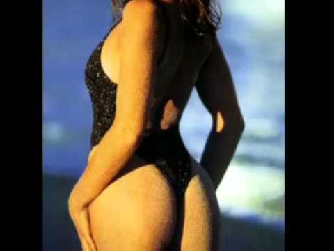 Cindy (Crawford) -- The Body!