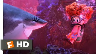 Hotel Transylvania 3: Summer Vacation - Monsters Under the Sea Scene | Fandango Family