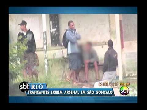 Fotos mostram traficantes de São Gonçalo fortemente armados
