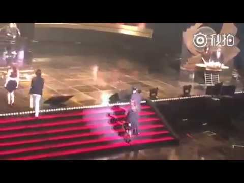 [Fancam] 161027 송중기 송혜교 Song Joong Ki Song Hye Kyo korean popular culture and arts awards
