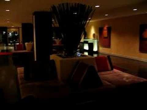 Bangkok Marriott Resort & Spa – Lower Lobby