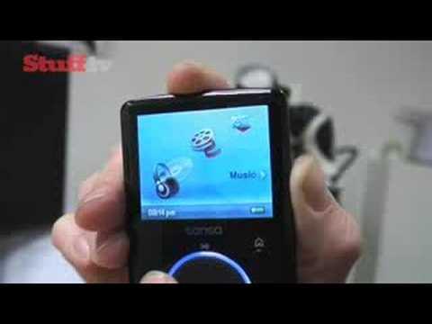 SanDisk Sansa Fuze video review from Stuff.tv