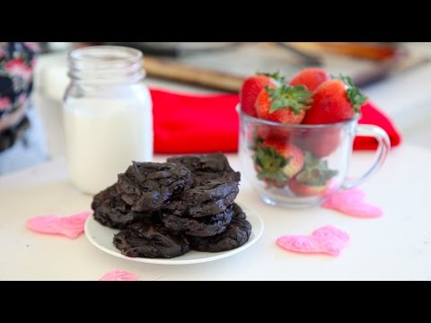 Healthy, Avocoado Chocolatey Chip Cookies by Waves N Craves