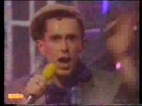 Frankie Goes To Hollywood - Two Tribes - TOTP 1984