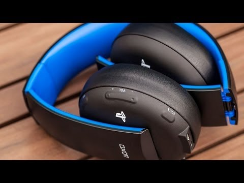 PlayStation Gold - Wireless Stereo Headset for PS4 Unboxing