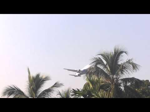 IndiGo Airbus A320 landing at Kolkata Airport
