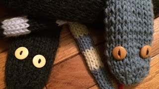 Tutorial on How to Knit a Knit Snake Scarf