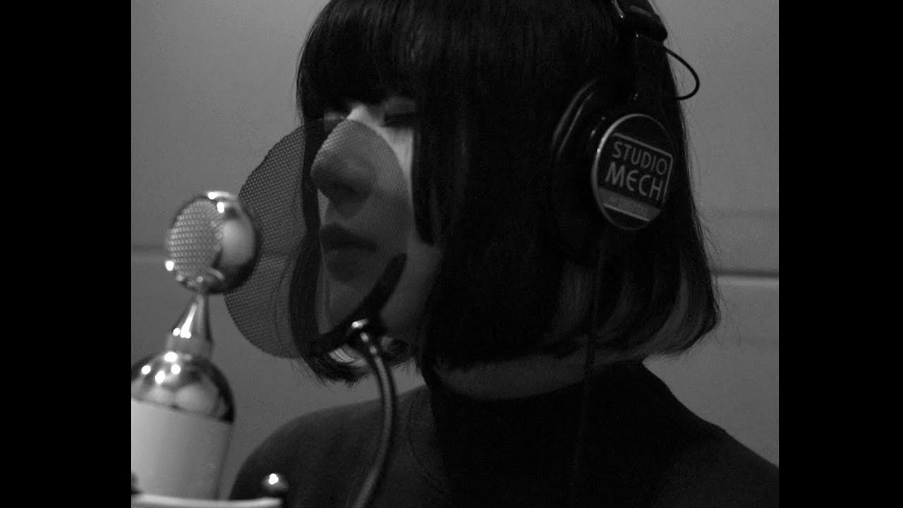 "majiko - 平井堅カバー""楽園 - Acoustic Version [REC]""のスタジオ歌唱映像を公開 thm Music info Clip"