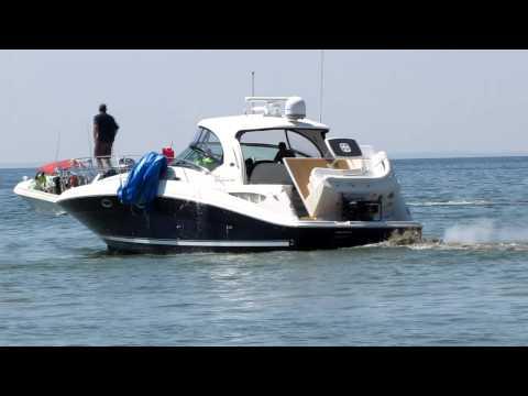 Sea Ray Boat Crashed Into Stone Breakwall