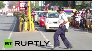 India: Is this MOONWALKING traffic cop the next Michael Jackson?