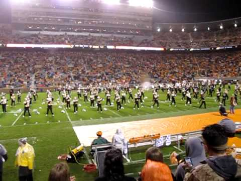 Pride of the Southland Band dances to