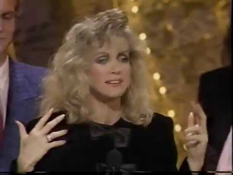 Donna Mills wins Soap Opera Award for
