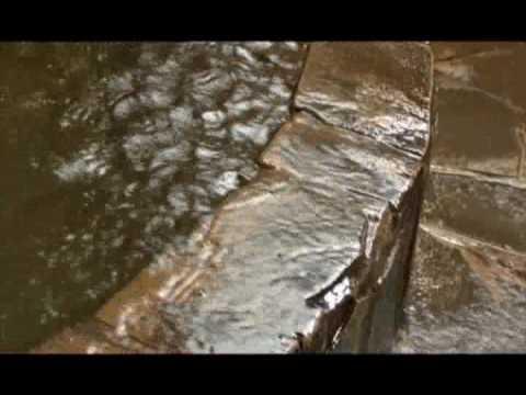 [人吉の動画 ] 昭和旅情の宿 松屋温泉ビジネスホテル 泡付き炭酸泉