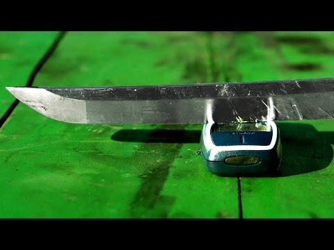 Don't Try Slicing Nokia 3310 with Katana!! - GizmoSlip