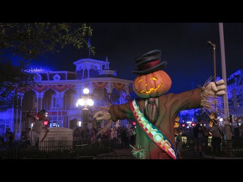 First Mickey's Not So Scary Halloween Party Special | Walt Disney World 2017