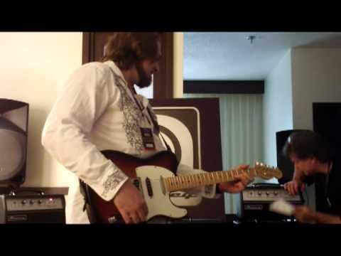 Nashville Amp Expo - AMPEG GVT AMPS!! Ben Miller