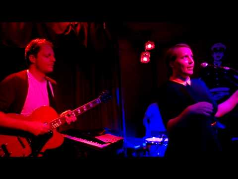 New Found Land - The Hunter live in Molotow Bar Hamburg recorded by Lumia 920 in 720p.