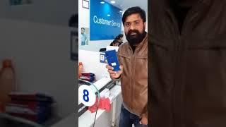 Samsung 🚪customer ne todha apna mobile