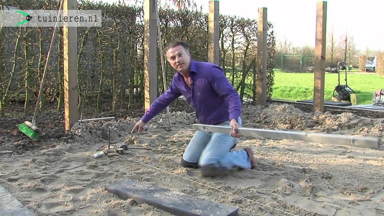 Tuin bestraten aanleggen onder afschot youtube - Hoe amenager tuin ...