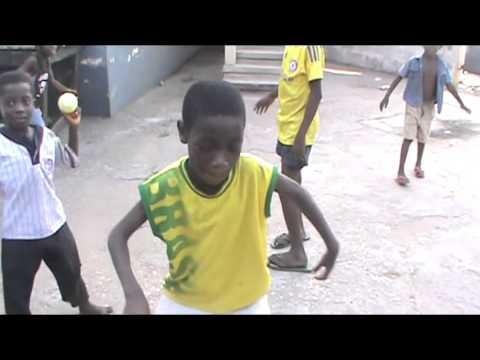 رقص أفريقي مضحك thumbnail