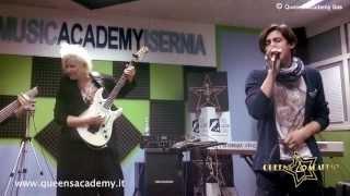 Michele Perniola Feat Jennifer Batten _ BEAT IT Live in Queens Academy Isernia
