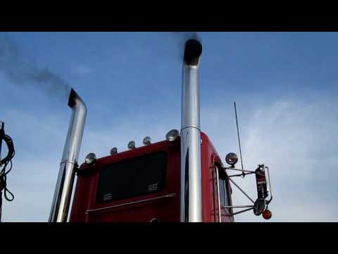Peterbilt 379 Cat 3406c 425 with 8inch straight pipes