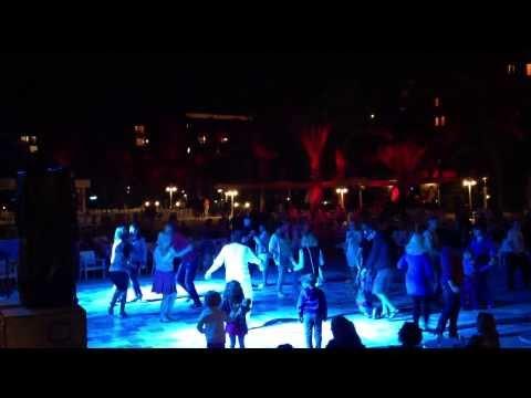Selge Beach Resort & SPA 5* танец на дискотеке октябрь 2013г.