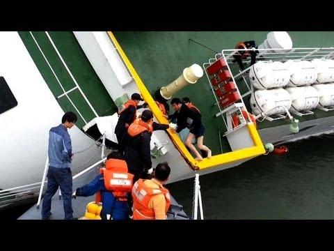 Video shows S. Korea ferry captain fleeing sinking ship