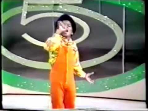 Jackson 5 - I Saw Mommy Kissing Santa Claus Acapella