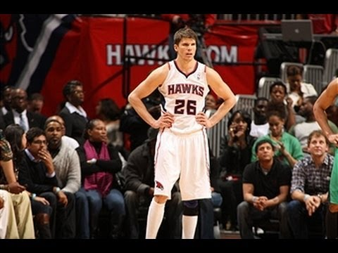 Korver makes Hawks history in 2nd half!