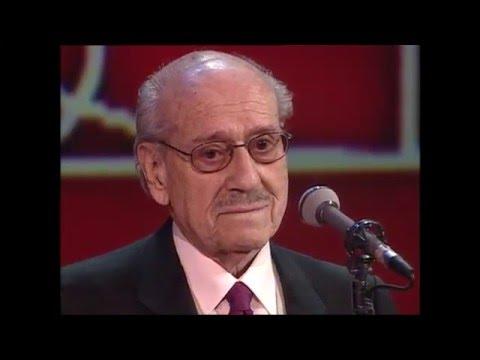 El actor José Luis López Vázquez recoge el Goya de Honor en 2005