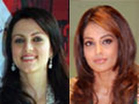 Yana Gupta Replaces Bipasha Basu In Murder 2 video