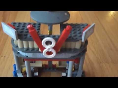 Pixar Cars 2,  V8 Cafe Lego Set ...COOL !!